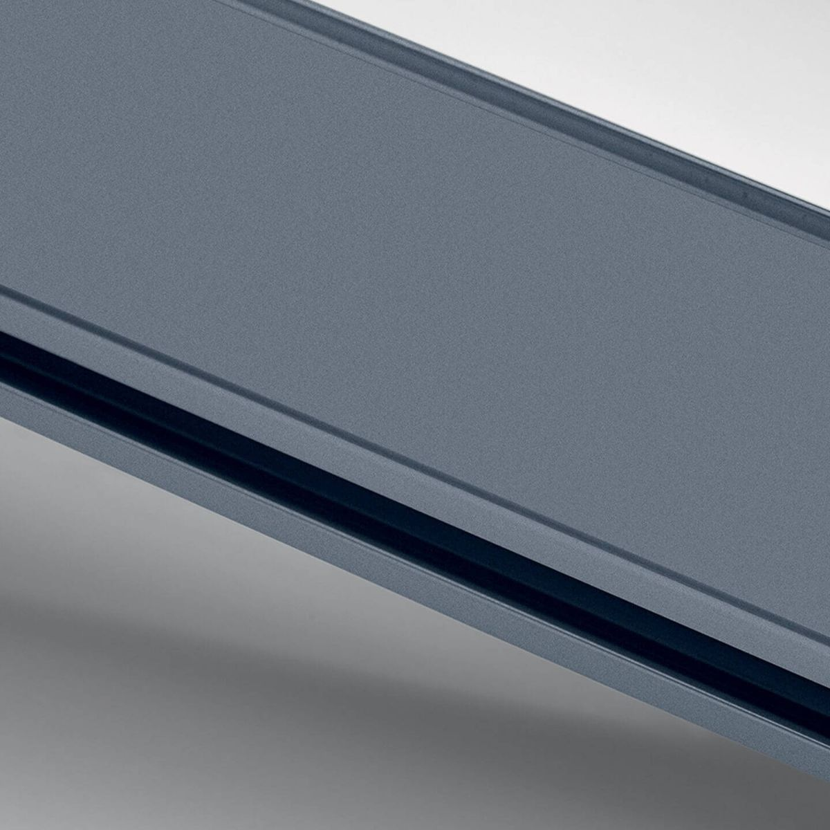 Chemical blue anodized aluminium finish for glass walls
