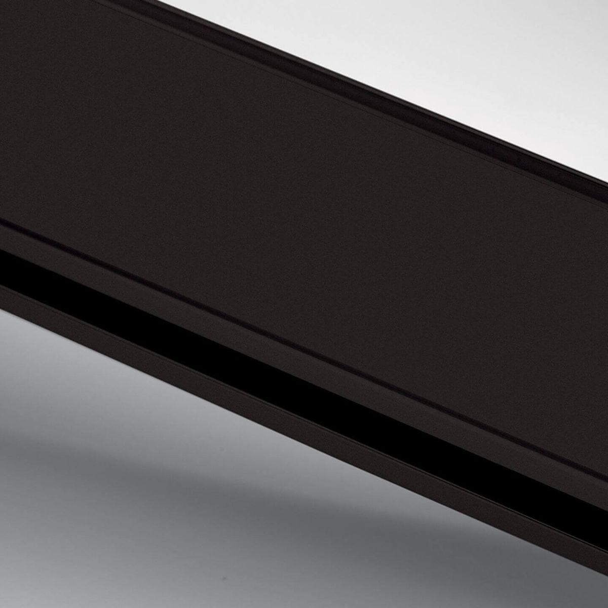 Dark brown anodized aluminium finish for glass walls