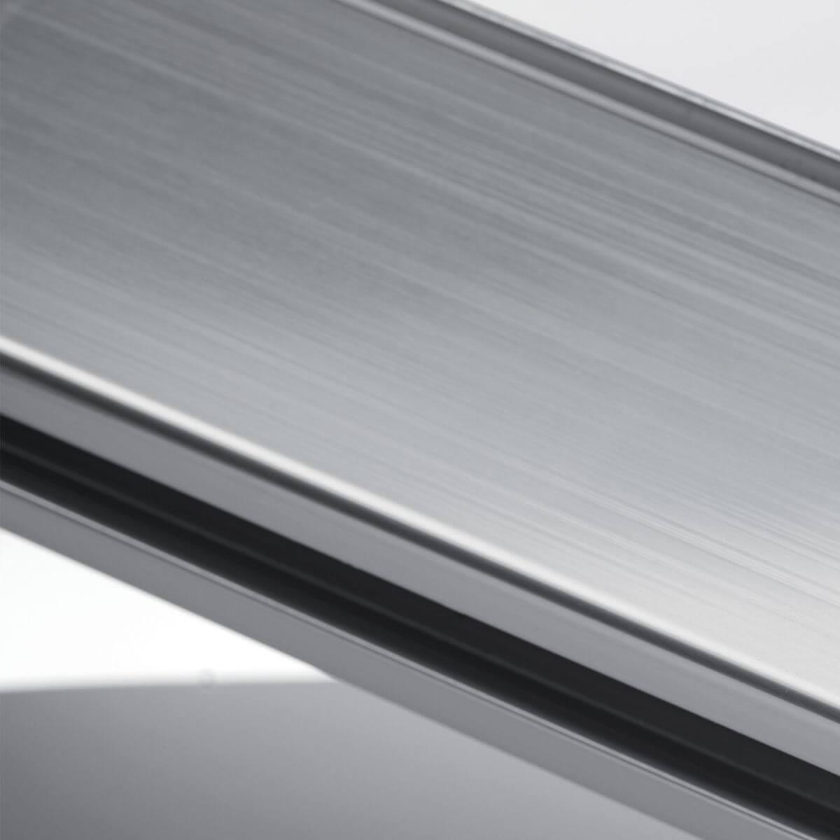 Polished aluminium finish for glass walls