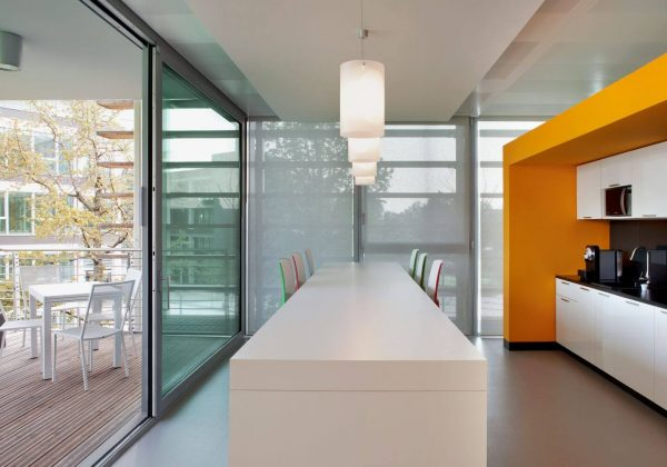 Wooden and glass partition walls company Symantec - Evolvinwall