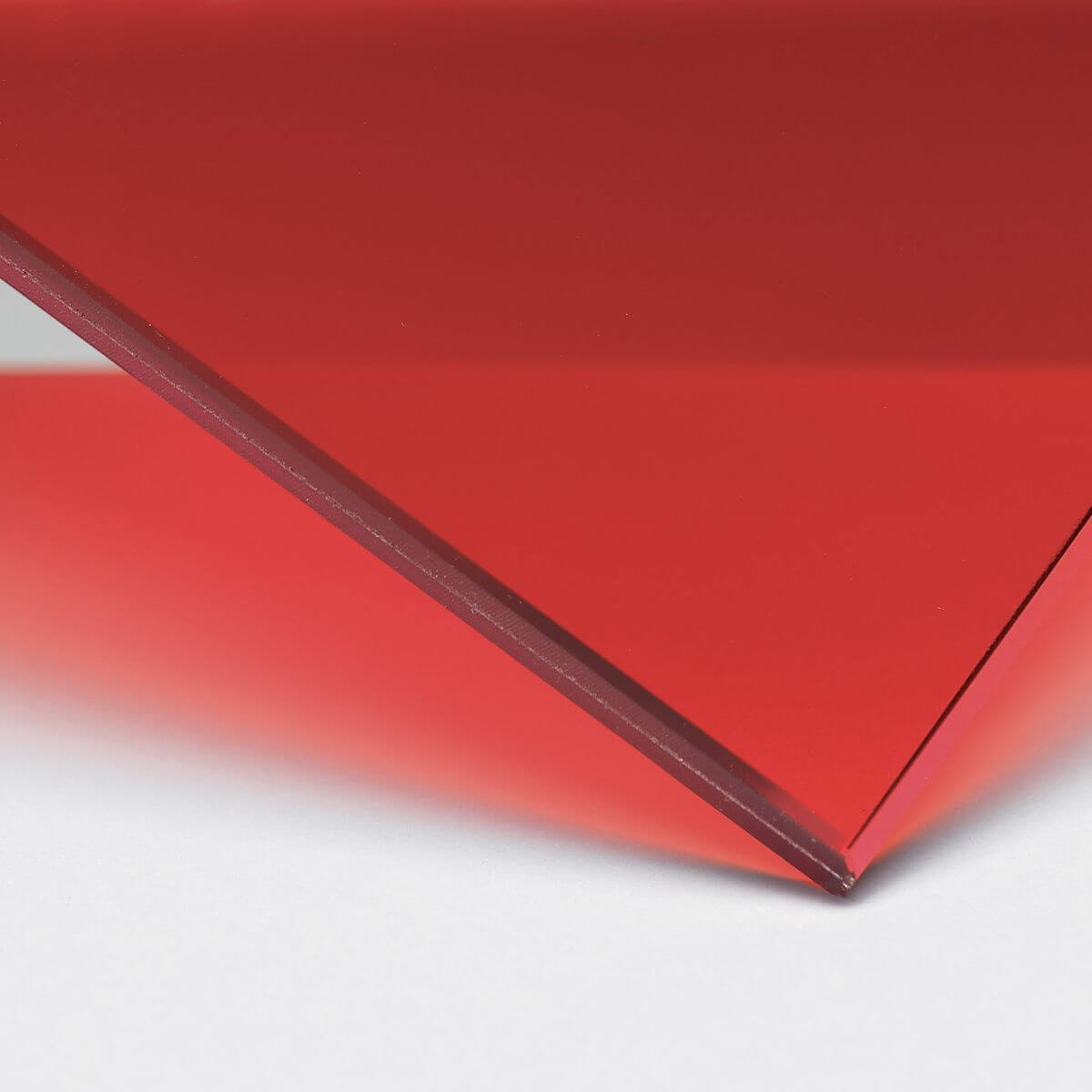 Finish: Glass with transparent red inner film